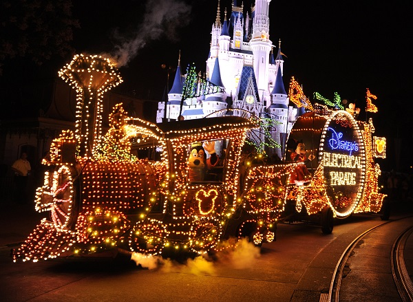 Disneyland: Main Street Electrical Parade