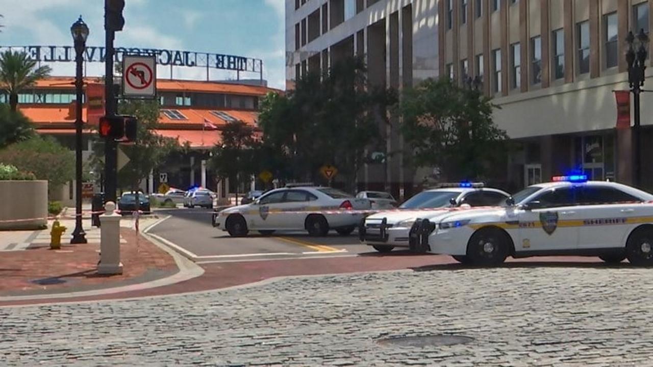 Jacksonville, sparatoria al torneo di videogiochi Madden Nfl: 4 morti, ucciso l'assalitore